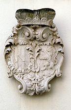 Schloss_Sonnberg_Wappen_Dietrichstein_Hof.jpg