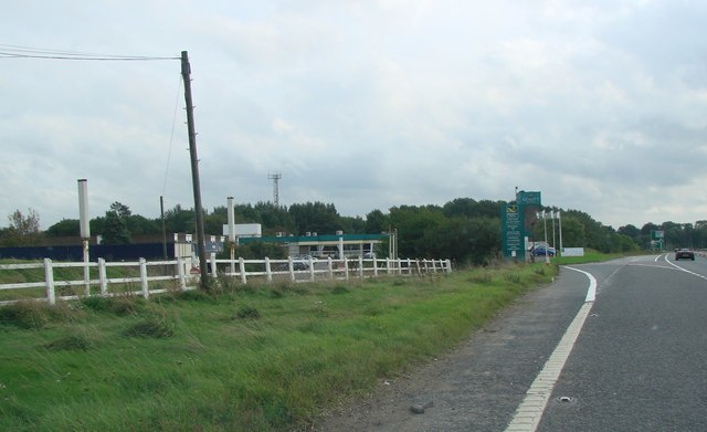 Selby Fork Motel, on the old A1, now re designated as the A63. - geograph.org.uk - 252118