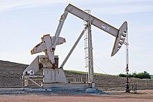 Sergeant Major oil well - Evanson Place - Arnegard North Dakota - 2013-07-04 (9287570005).jpg