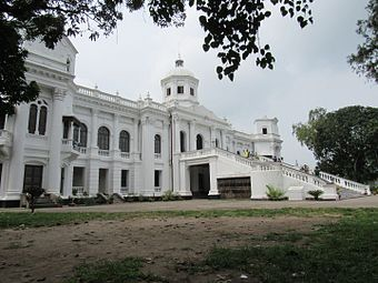 Side view of Tajhat Palace, Rangpur, 03-09-2016 04.jpg