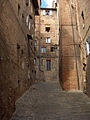 Siena.sidestreet04.jpg