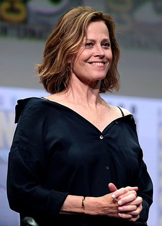 Sigourney Weaver - Weaver at the 2017 San Diego Comic Con International