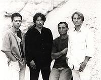 Skupina HIŠA - 1998.jpg
