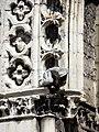 Soissons (02), abbaye Saint-Jean-des-Vignes, abbatiale, façade occidentale, portail du bas-côté sud, détail de l'archivolte.jpg