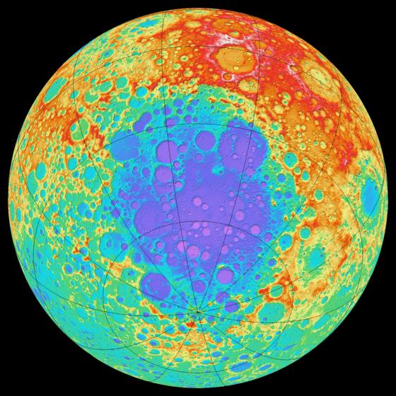 Под лунным кратером обнаружена огромная железная масса 560px-South_Pole%E2%80%93Aitken_basin_%28GLD100%29