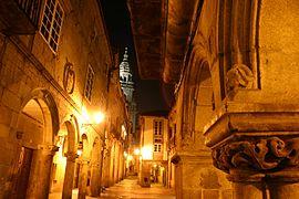 Spain.Santiago.de.Compostela.Rua.do.Vilar.Noche.jpg