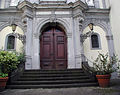St-Maria-vom-Frieden-Köln-004-Portal.JPG