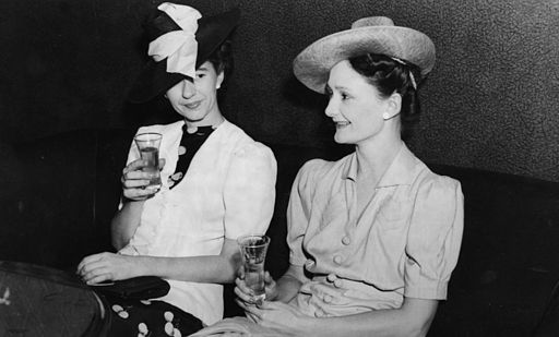 StateLibQld 1 205152 Two women enjoying a drink, 1940-1950