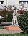 Statue Cité de l'Europe, Suresnes 3.jpg