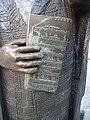 Statue Evert Taube stockholm 2019-01-02 (4).jpg