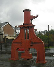 Steam hammer, Blaenavon.jpg