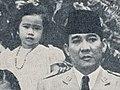 Sukarno and family (Sukarno and Rachmawati), Bung Karno Penjambung Lidah Rakjat 240 (cropped).jpg