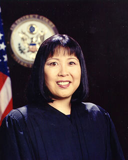 Susan Oki Mollway American judge