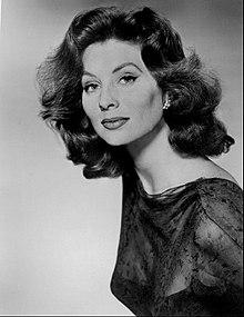 Suzy Parker 1963.JPG