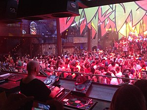 Rave - Image: Sven Vath playing at Amnesia