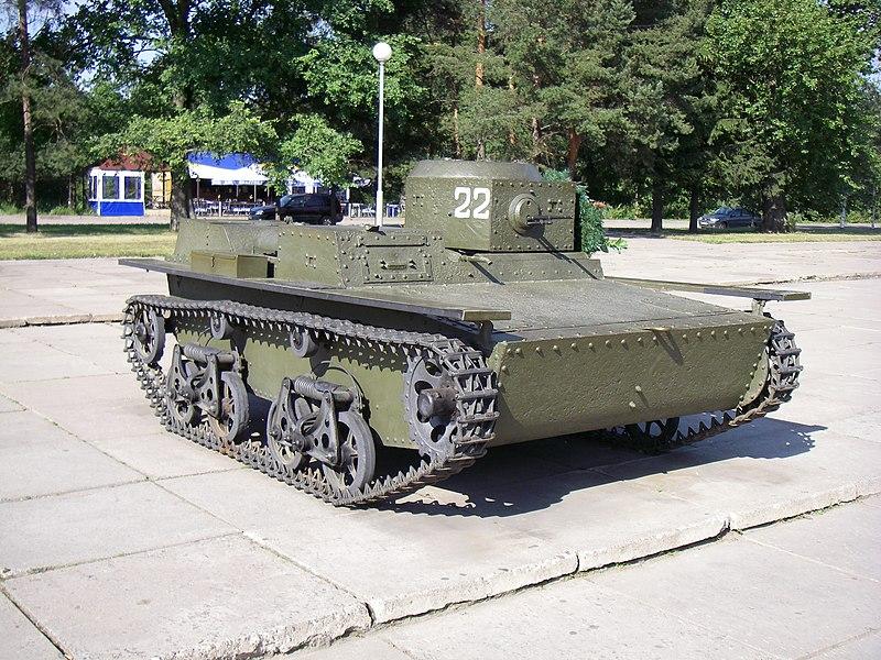 800px-T-38_tank.JPG