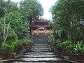 Tam quan chùa Lân.jpg