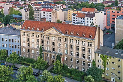 How to get to Tempelhofer Ufer with public transit - About the place