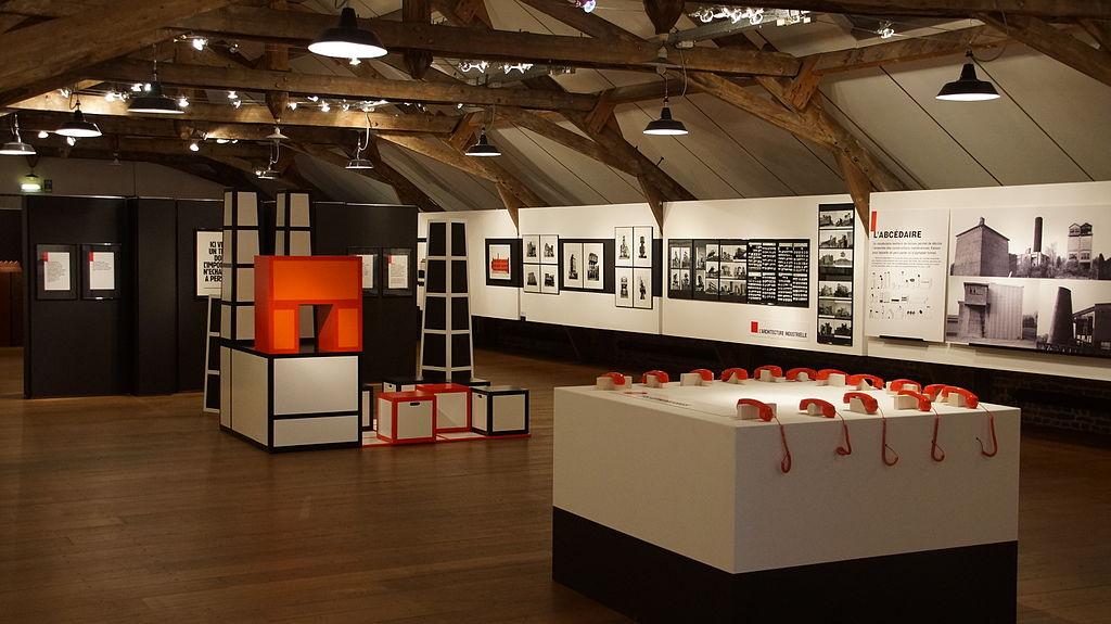 File:Temporary exhibition in top floor of La Fonderie ...