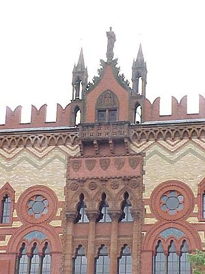 Architecture in Glasgow - The western façade of the Moorish Revival  Templeton's Carpet Factory.