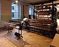 Textielmuseum Dekenfabriek Kettingscheren.jpg