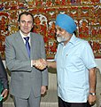 The Chief Minister of Jammu & Kashmir, Shri Omar Abdullah meeting the Deputy Chairman, Planning Commission, Shri Montek Singh Ahluwalia to finalize Annual Plan 2009-10 of the State in New Delhi on July 22, 2009.jpg