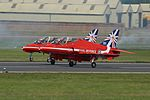 The Red Arrows 19 (14541443247).jpg