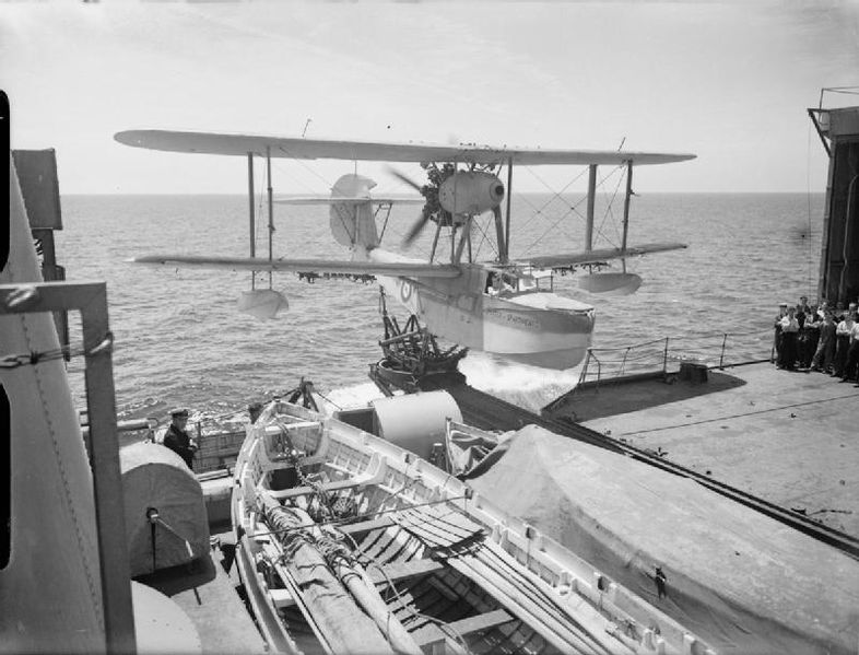 File:The Royal Navy during the Second World War A4050.jpg