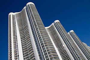 Boliburguesía - Trump Towers in Sunny Isles Beach, Florida where relatives of the National Superintendent of Securities owns a condominium.