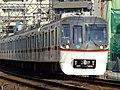 Toei-subway-5322F-20061110.jpg