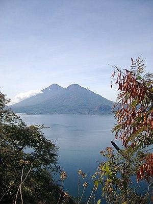 Volcán Tolimán - Volcán Tolimán (behind it is Volcán Atitlán)
