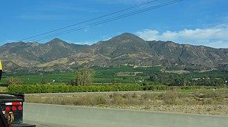 Topatopa Mountains - Image: Topatopa Filmore
