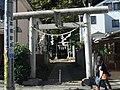Toriis (鳥居) at Tenso Shrine (天祖神社) - panoramio.jpg