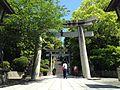 Toriis on sando of Miyajidake Shrine 2.JPG