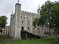 Tower of London - geograph.org.uk - 1775849.jpg