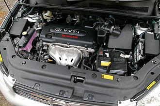 Toyota AZ engine - Image: Toyota 2AZ FE engine 001
