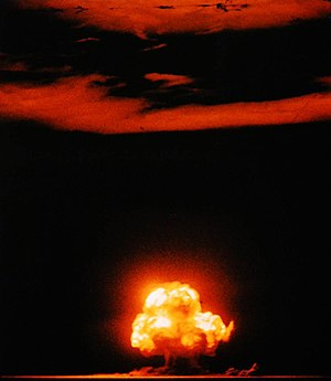 Nuclear weapons testing - Image: Trinity shot color