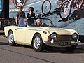 Triumph TR250 dutch licence registration DH-88-37-.JPG