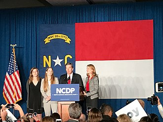 Roy Cooper - Roy Cooper and his family at a campaign rally, November 2016