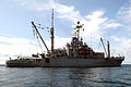 US Navy 060607-N-4205W-004 Rescue and salvage ship USS Salvor (ARS 52) operates at sea during the Singapore phase of Cooperation Afloat Readiness and Training (CARAT) 2006.jpg
