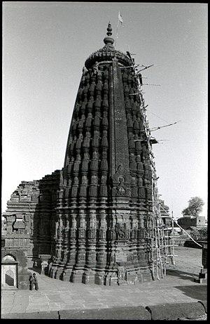 Udaipur (Madhya Pradesh) - Śiva temple at Udaipur, Madhya Pradesh, from the west.