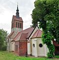 Uetz church 2016 SE.jpg