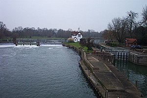 Goring Lock - The lock and weir in winter
