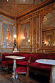 Une salle du café Florian à Venise (1581491430).jpg