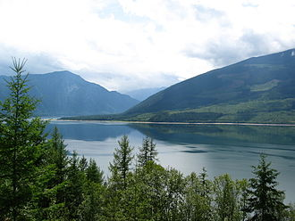 Arrow Lakes - Upper Arrow Lake, south of Nakusp