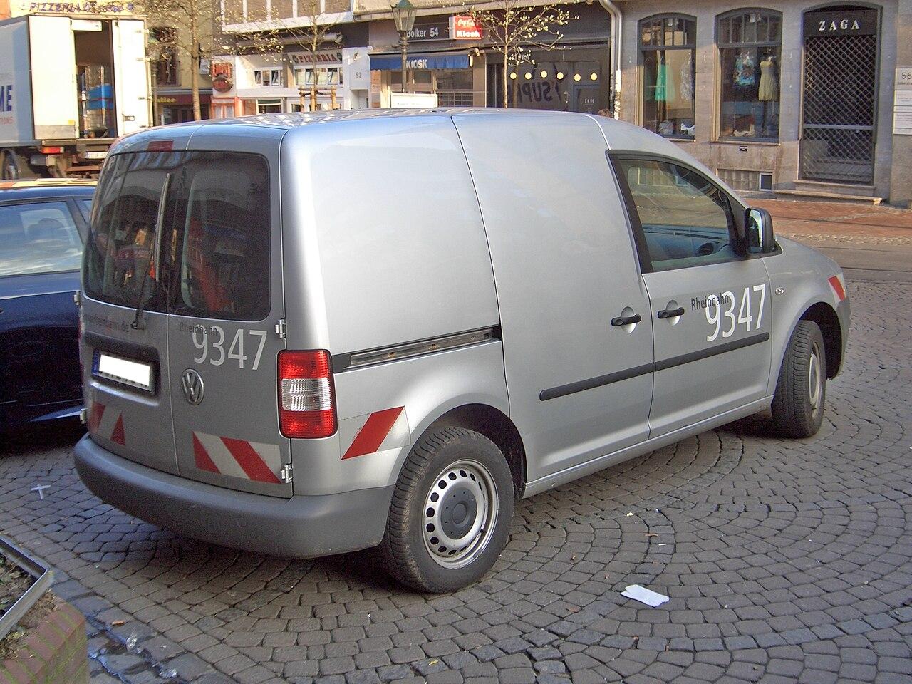 file vw caddy kastenwagen from2004 backright. Black Bedroom Furniture Sets. Home Design Ideas