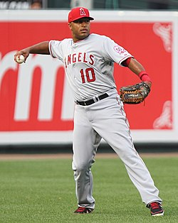 Vernon Wells on July 23, 2011.jpg