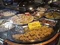 Vicenza-specialità culinarie in vetrina.jpg