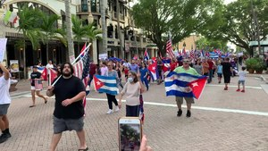 File:Video of Anti-Cuban government protest in Naples FL.webm