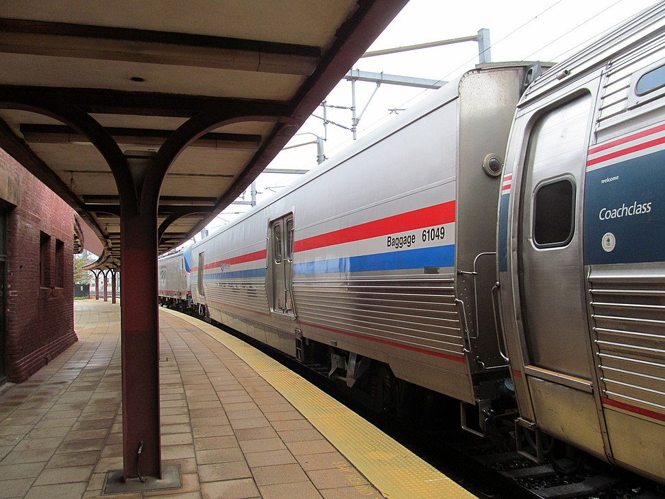 Viewliner 61049 on Amtrak train 66 at New London Union Station, September 2016